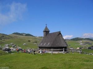 Kapela Marije Snežne na Veliki planini